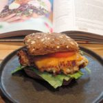 Bloemkoolcheeseburgers – Rachel Khoo's kookschrift