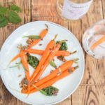 Ginderella gin - Gepofte wortel, pesto van brandnetel, klaverzuring