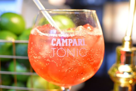 Piazza Gaspare, la piazza dell'aperitivo - Campari