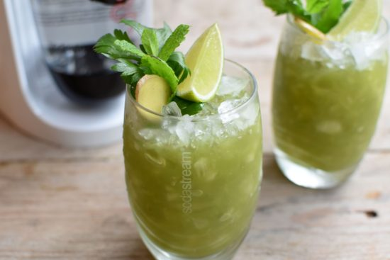 Valentijnscocktail: Virgin mojito met selder en komkommer