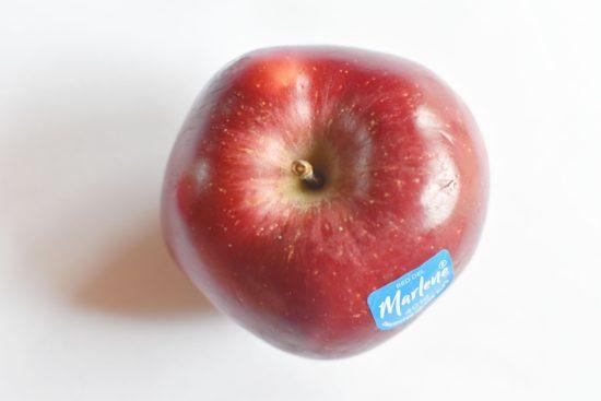 Italiaanse appelstrudel met pijnboompitten